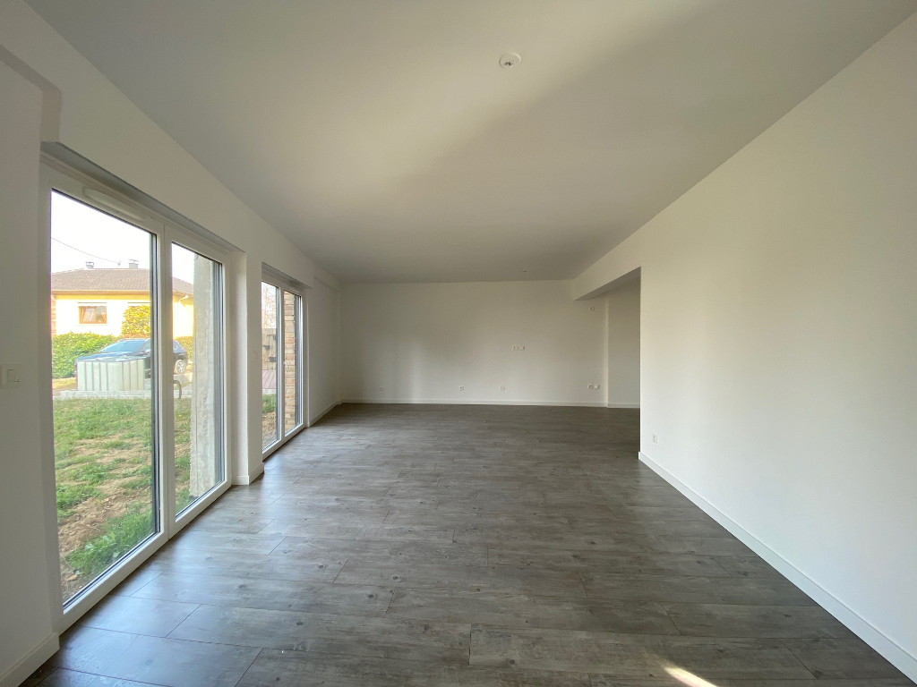 APPARTEMENT EN DUPLEX 116 m²+ JARDIN + GARAGE DOUBLE 3/13